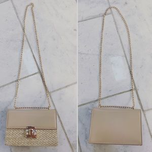 Zara Bags - Cream shoulder bag